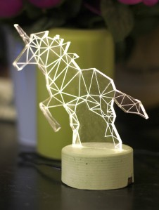 Who wouldn't want an unstructured mesh of a unicorn as a lamp? From iLLuminite. Click image for website.