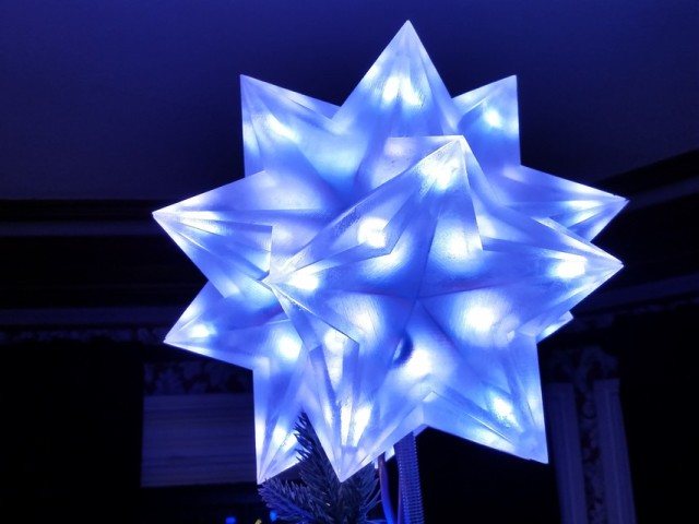 Blake Courter's Ten Tetrahedra Tree Topper. Image from GrabCAD. See links above.