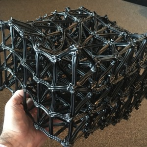 holding-a-mesh